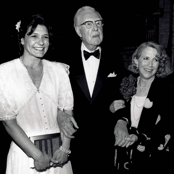 Dossy Peabody accepting Elliot Norton Critics Award for Outstanding Actress 1990